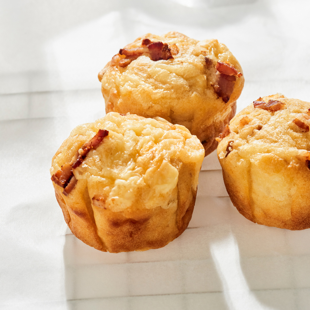 Bacon-and-Cheese-Muffins